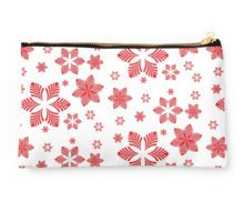 red stars Studio Pouch