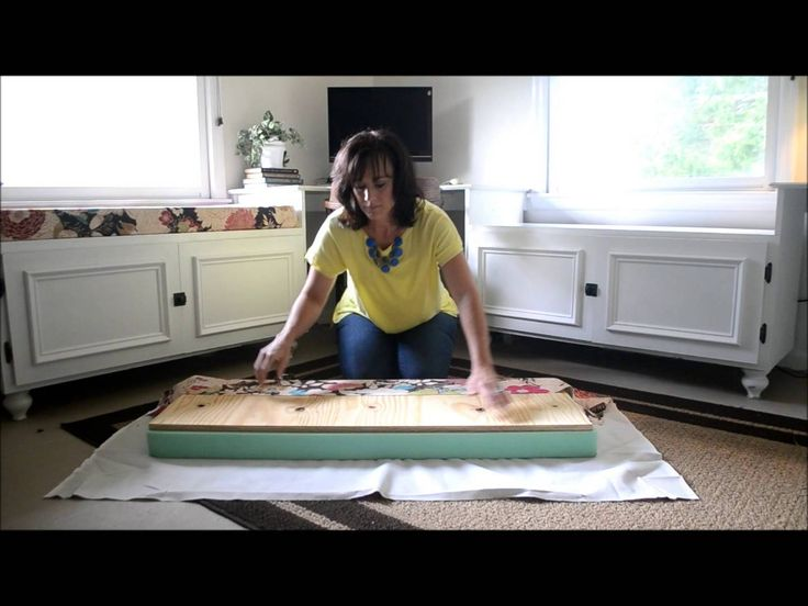 How to make a window seat cushion. Get a movable chest with sides to put a cushion on top of and pillows. A nice little nook in a room!
