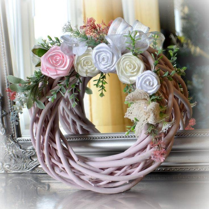 Doors wreath by Marcellinewedding on Etsy
