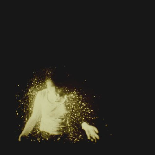 A cool new band called wolf alice