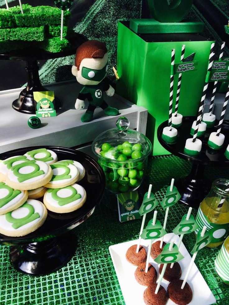 Modern Green Lantern Party | CatchMyParty.com