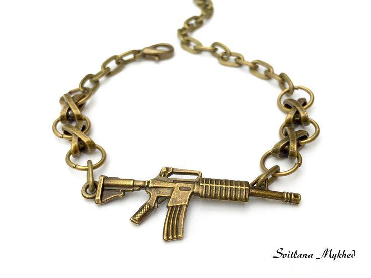 """Bracelet chaine réglable """"Fusil Américain M16. Fusil d'assaut Kalachnikov. Arme. Force. Guerre"""". : Bijoux pour hommes par perles-et-couronnes"""