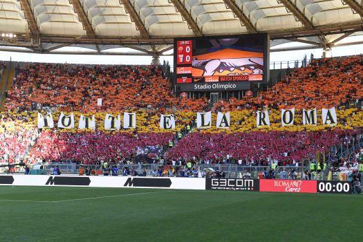 Guarda le immagini pre partita dall'Olimpico che danno idea dell'atmosfera che si respira allo stadio per Roma-Genoa...