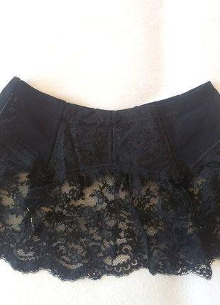 À vendre sur #vintedfrance ! http://www.vinted.fr/mode-femmes/lingerie-autre/33742830-serre-taille-porte-jarretelles-dior-vintage