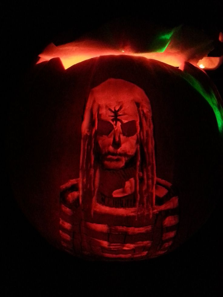 My 2017 Jack-o-Lantern: inspired by Rob Zombie's : The Lords of Salem http://kogakoalition.org/toybox/gallery/Halloween2017/20171025_204228.jpg