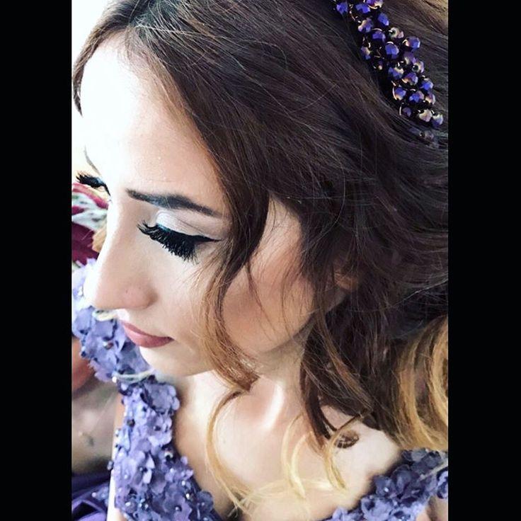 #büşragelininmakyajı #eyeliner #lashes #makyaj #makeup #bride #iminlovewithmakeup #kontur #kontür #konturmakyaj #highlighter �� #ruj #maccosmetics #flormar #goldenrose http://gelinshop.com/ipost/1523356734071849389/?code=BUkDODojUGt