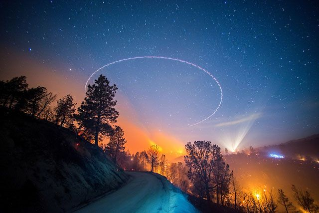 Long-Exposure Photos of California Wildfires at Night