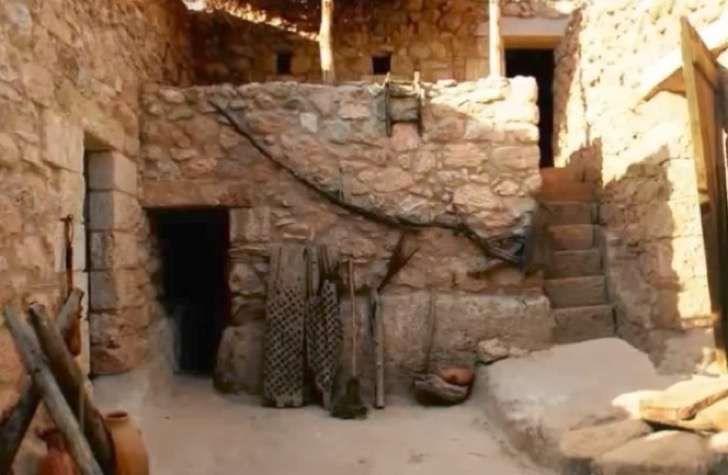 Encuentran la casa donde supuestamente nació Jesús. La gente está realmente aterrada