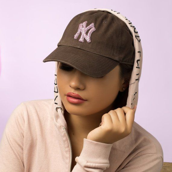 Brown Bling New York Yankees Hat Baseball Cap Women Etsy Womens Baseball Cap Yankees Hat Baseball Hats