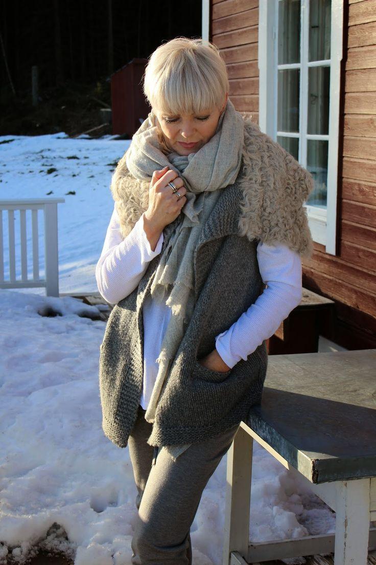 Fridag med hjemmekontor på torpet, vinterferie og sol - det gode liv nytes!!!   Deilig fridagsantrekk fra Line of Oslo   Bukse 1200,-   V...