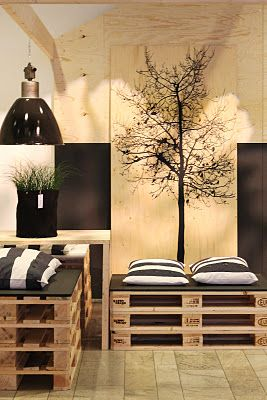 ♥ pallet furniture I am so in love with everything about this