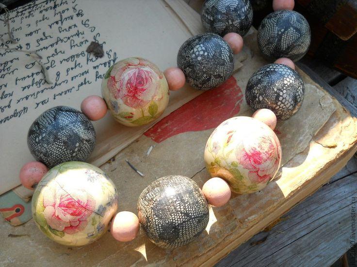 """Купить Бусы """"Роза в карамели"""" в стиле шебби - бусы, деревянные бусы, бусы из дерева"""