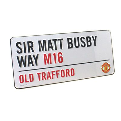 MANCHESTER UNITED F.C. Sir Matt Busby Way Metal Street Sign. Approx 40cm x 18cm. Official Licensed Man United Gift. FREE DELIVERY ON ALL OF OUR GIFTS
