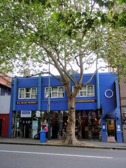 Blue Parrot is one of Sydneys best-loved hostels. It's a small, intimate hostel with great atmosphere and consistently top rated. Walk to the City Centre, Opera House, Harbor Bridge and all of Sydneys attractions.