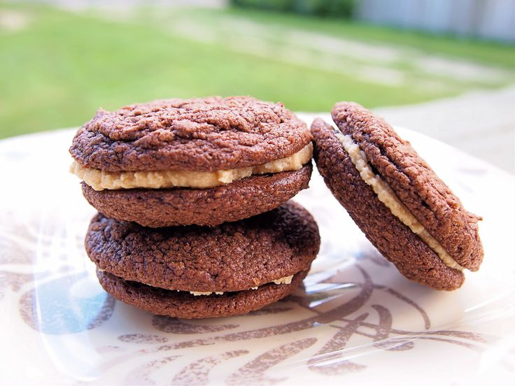 Chocolate Sandwich Cookies with Peanut Butter Filling | Recipe