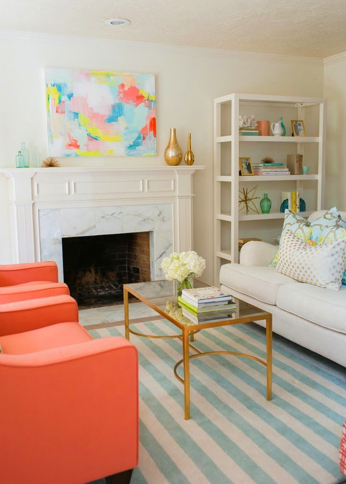 This living room designed by Caitlin Wilson is is so positively cheerful, I love it! The talented...