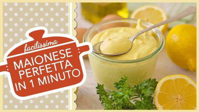 VIDEORICETTA di una delle salse più amate in tutto il mondo, la MAIONESE, una salsa delicata a base di uova, olio e limone, pronta in 1 minuto.