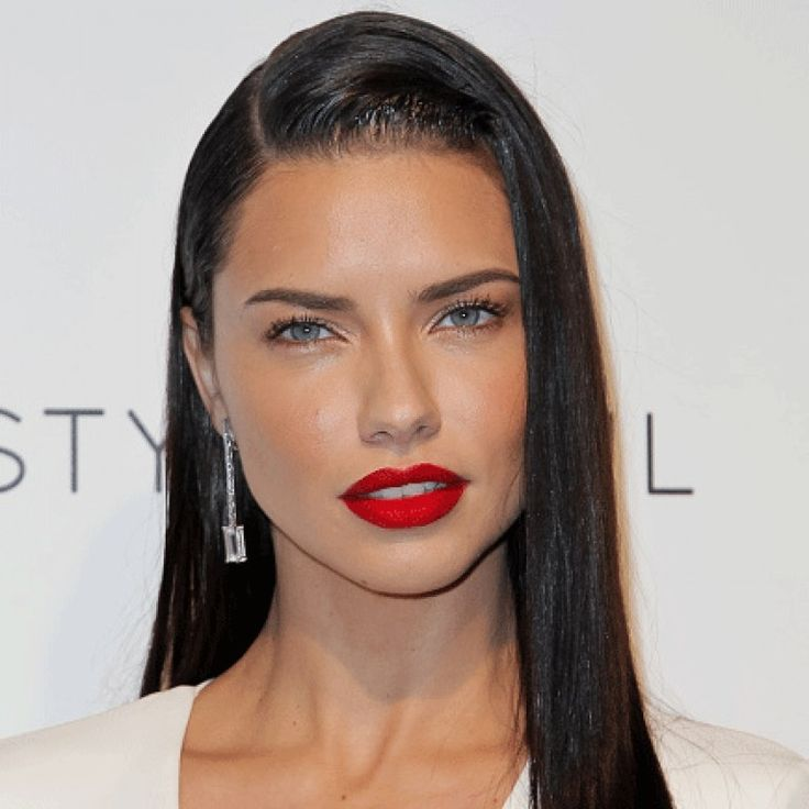 This Red Lipstick Has Replaced MAC's Ruby Woo As The Make-up Artist Favourite And You Need It