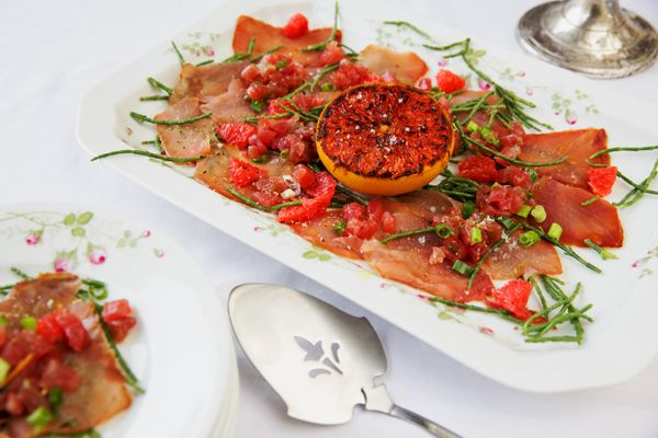 Twee soorten tonijn met zeekraal, gember en gegrilde grapefruit! Lekker van Landmarkt!