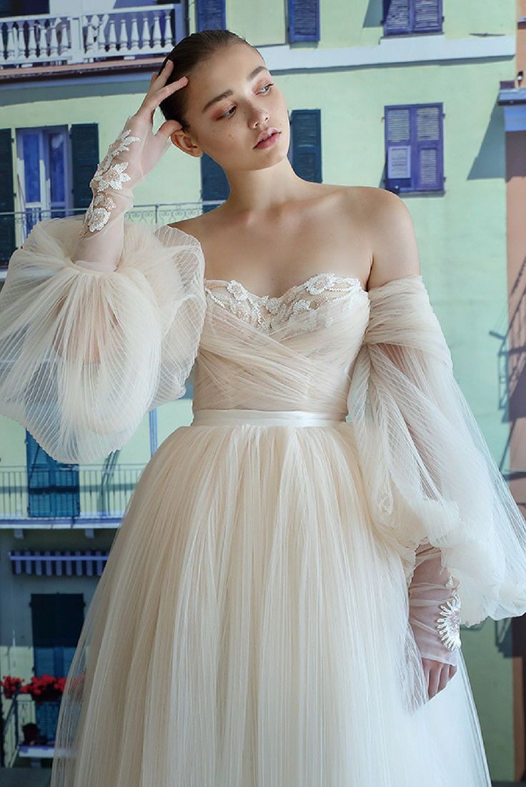Bridal Couture In 2020 Wedding Dresses Wedding Gown Off