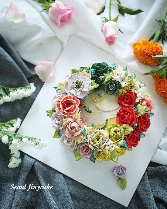 """좋아요 152개, 댓글 3개 - Instagram의 지니케이크 korea flower cake(@seoul_jinycake)님: """". 정규4주차 매주실력이 좋아지신 울수강생님*.* 마지막도 이뿌게~~ . . ✔7월 정규반 수강모집중 . ✔원데이클래스 상시모집중 ✔케익주문가능 . Kakaotalk ID:…"""""""