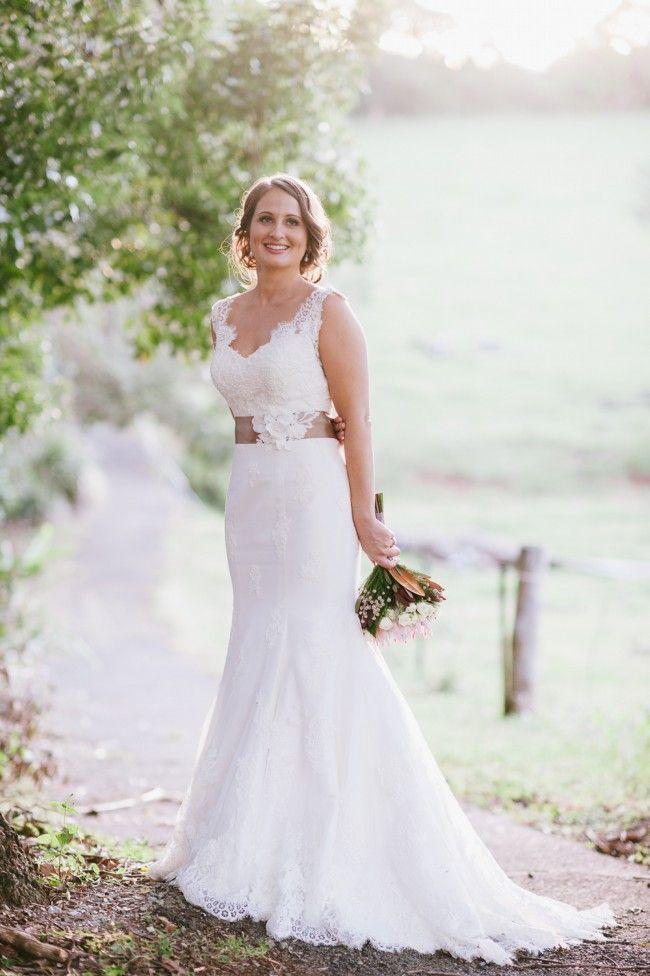 Essence Of Australia, DJ1367 Lace Size 8 Wedding Dress For Sale | Still White Australia