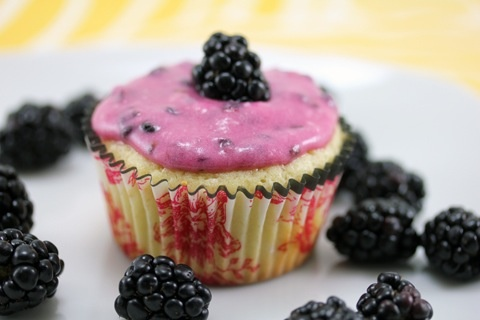 lemon cupcakes with blackberry frosting | Recipe Central | Pinterest