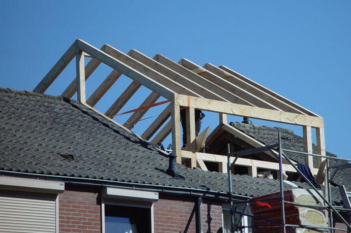 Voorbeelden dakkapellen, foto's verschillende typen dakkapellen.
