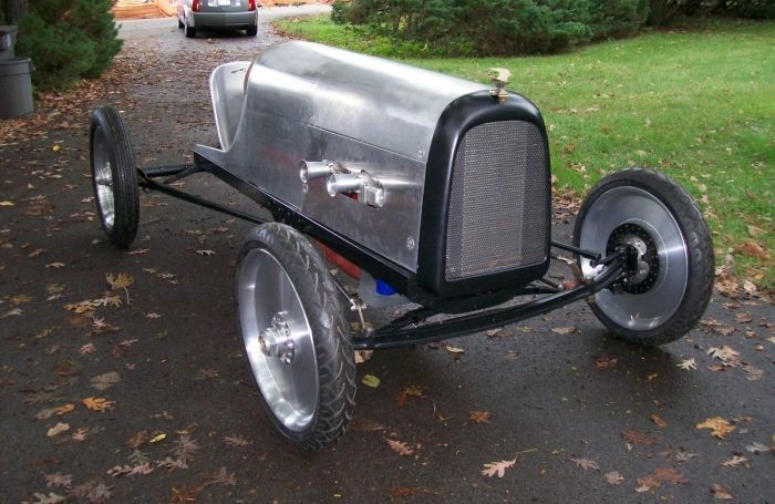 Most Model T-based speedsters tend to use aftermarket bodies from Ames or any of the dozens of companies that provided speed parts for the T in the 1920s or 193