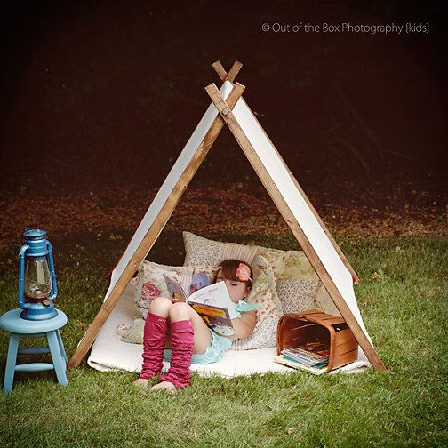 Children A Frame Play Reading Tent and Photo Prop Teepee - Christmas Gift di TheLittleYellowBarn su Etsy https://www.etsy.com/it/listing/187206543/children-a-frame-play-reading-tent-and