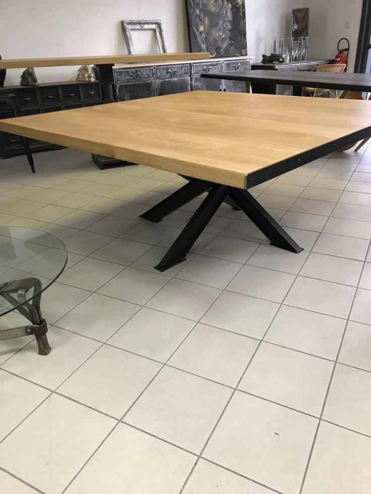 GRANDE TABLE Carrée Industrielle , Pied IPN Forme Mikado