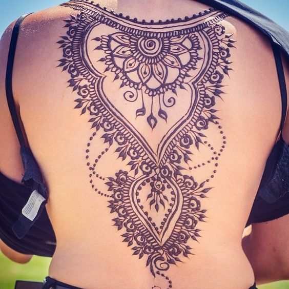 UNIQUE HENNA TATTOOS BECOME THE TREND IN SUMMER – Page 46 of 71