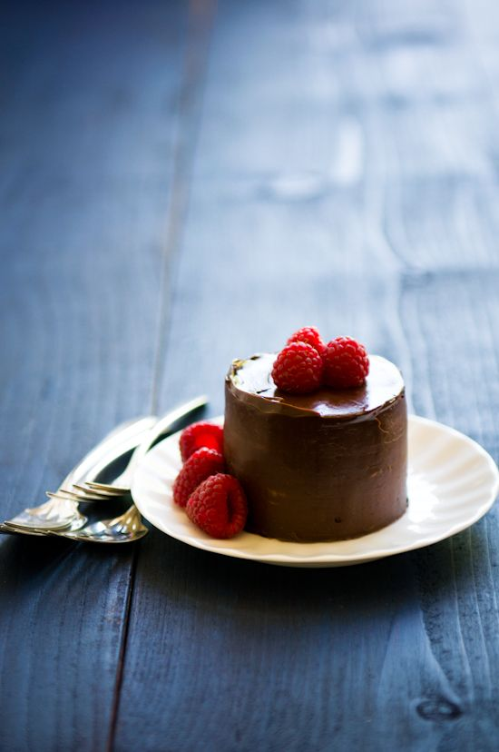 317 best images about Fancy cakes on Pinterest | Chocolate ...