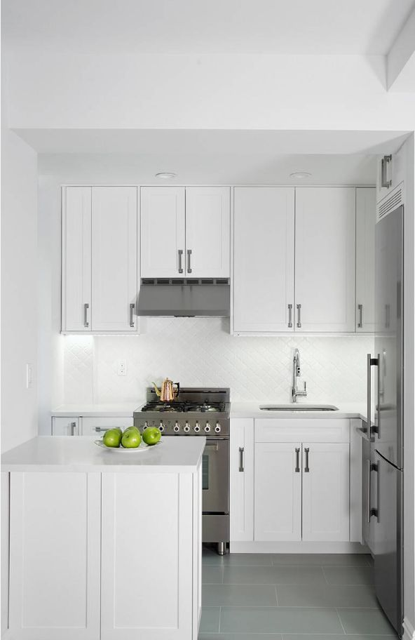 25 Small Kitchen Ideas That Make A Big Statement Small White Kitchens Small Kitchen Small Kitchen Layouts