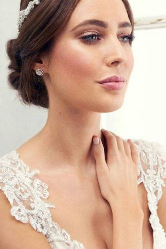 Wedding Make Up Ideas For Stylish Brides ★ See more: www.weddingforwar…