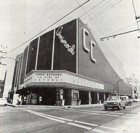 Compartimos una selección de imágenes del archivo histórico para la categoría Cines y Teatros en la ciudad de México....