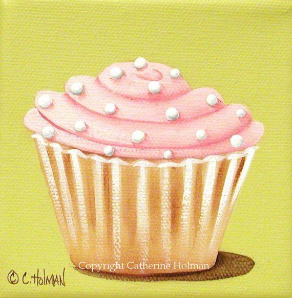 Este pastel amarillo húmedo se remata con glaseado Rosa, entubada esponjoso. Blanco crema puntos se aplican sobre como toque final.    Esta