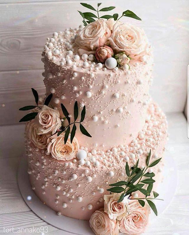 Publicado por Amourducake – SIM OU NÃO? Bolo de casamento lindo @ tort_annako93 Di …   – Torten Rezepte