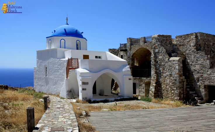 Climb up to the Castle, sit back and enjoy the view to the Aegean Sea! #Astypalea #Greece #holidays #travel