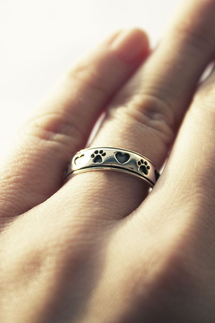 How beautiful is this sterling silver ring? And every purchase helps animals in need! #TheAnimalRescueSite