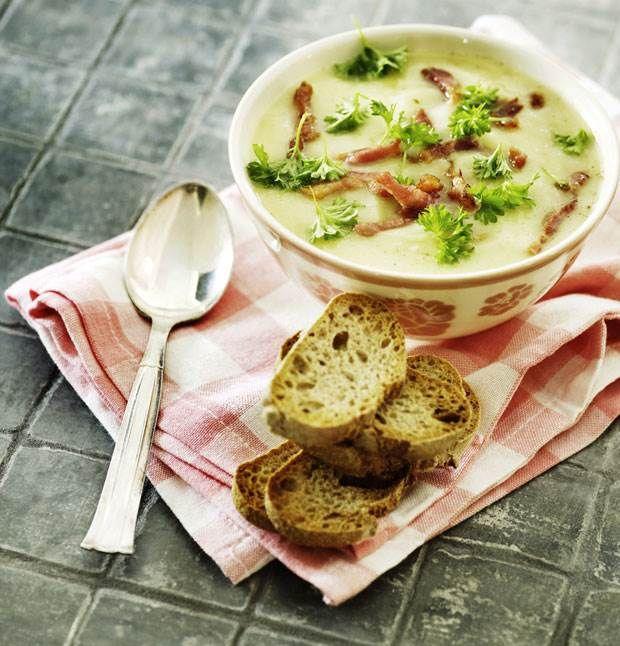 Selleri-kartoffel-suppe med porre og bacon