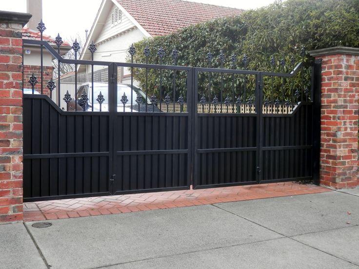Bi-fold Trackless Automatic Gates. http://www.themotorisedgatecompany.com.au/bifold-gates