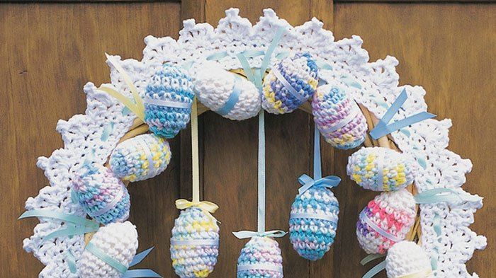 11 Easter Basket and Home Decor Egg & Chick Ideas