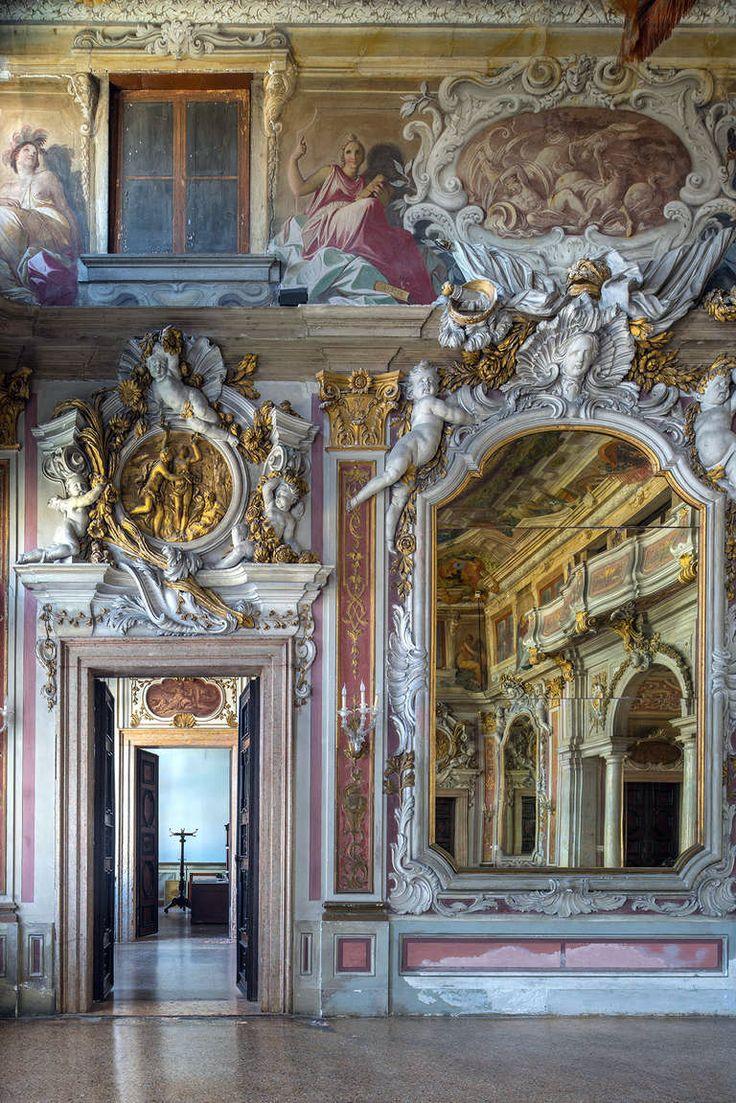 Palazzo Zenobio, Venice. > Photos by Reinhard Görner (2014). [x]