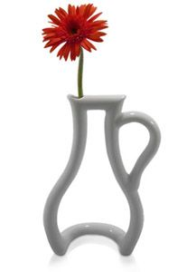 Il vaso stilizzato e minimal per un fiore
