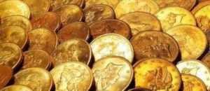 """Scoperte: moneta rara di altissimo valore custodita da nonno inglese Volevano solo giocare """"ai pirati"""" e si sono ritrovati fra le mani un tesoro vero e proprio. In Inghilterra un nonno ha donato alcune sue vecchie monete ai nipoti, ignaro che tra di esse ce ne fosse un"""