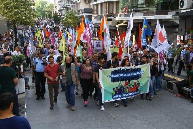 #Samsun'da Gezi Parkı Yürüyüşü: Gezi Parkı olaylarının 3. yıl dönümü nedeniyle Samsun'da yürüyüş düzenlendi. Devamı için Tıklayınız...