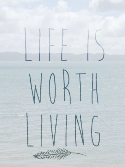 This week's Music Monday is  Justin Bieber - Life Is Worth Living ❤️❤️❤️