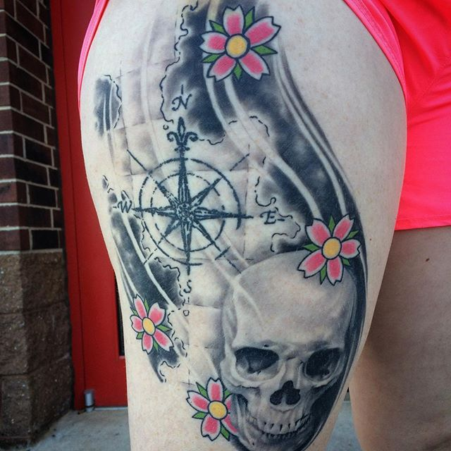 #mulpix Got a healed shot of this today...didn't do the compass  #art  #tattoo  #artist  #bngtattoo  #skull  #compass  #cherryblossom  #map  #bishoprotary  #neotat  #405  #okc