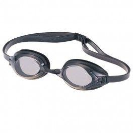 Swans Bardzo stylowe okulary pływackie korekcyjne japońskiej marki Swans. Cechują się niskim profilem, więc są odpowiednie dla tych, którzy chcą zachować jak największą opływowość oraz zredukować wagę, np. zawodowi pływacy. Wymienne noski i łatwo regulowane paski pozwalają na optymalne dopasowanie w zakresie kształtu twarzy.